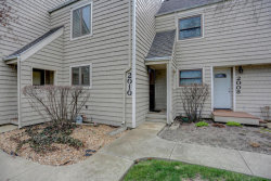 Photo of 2010 Blackthorn Drive, Unit Number 0, CHAMPAIGN, IL 61821 (MLS # 09915560)