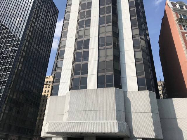 Photo for 990 N Lake Shore Drive, Unit Number 11B, CHICAGO, IL 60611 (MLS # 09915889)