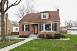 Photo of 105 Hiawatha Drive, CLARENDON HILLS, IL 60514 (MLS # 09921543)