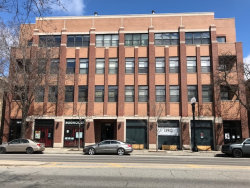 Photo of 1908 W Irving Park Road, Unit Number 303, CHICAGO, IL 60613 (MLS # 09922287)