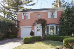 Photo of 410 S Lincoln Lane, ARLINGTON HEIGHTS, IL 60005 (MLS # 09923398)