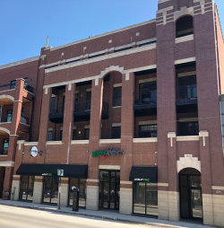Photo of 2847 N Halsted Street, Unit Number 303, CHICAGO, IL 60657 (MLS # 09923877)