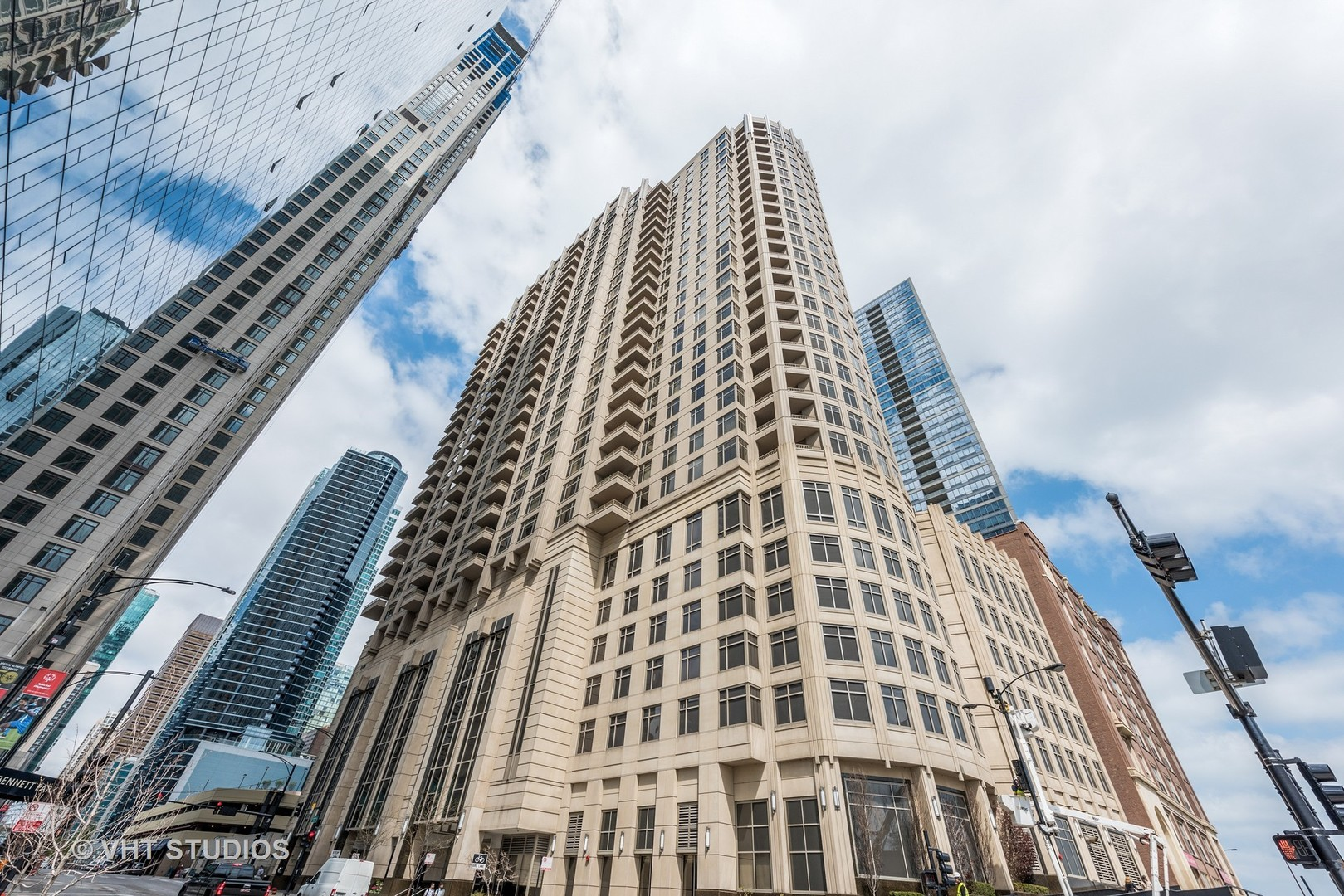 Photo for 530 N Lake Shore Drive, Unit Number 1206, CHICAGO, IL 60611 (MLS # 09949255)