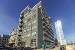 Photo of 770 W Gladys Avenue, Unit Number 504, CHICAGO, IL 60661 (MLS # 09952244)