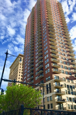 Photo of 41 E 8th Street, Unit Number 2207, CHICAGO, IL 60605 (MLS # 09953100)