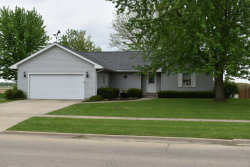 Photo of 125 S Dewey Street, SOMONAUK, IL 60552 (MLS # 09953177)