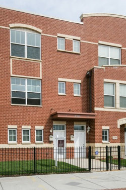 Photo of 2328 E 71st Street, Unit Number A, CHICAGO, IL 60649 (MLS # 09956635)