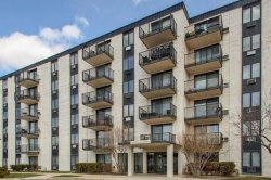 Photo of 9074 W Terrace Drive, Unit Number 5M, NILES, IL 60714 (MLS # 09957140)