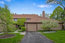 Photo of 1274 Farnsworth Lane, BUFFALO GROVE, IL 60089 (MLS # 09957461)