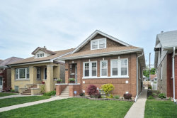 Photo of 5732 W Eastwood Avenue, CHICAGO, IL 60630 (MLS # 09958329)