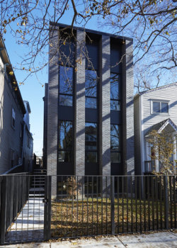 Photo of 1917 N Wood Street, CHICAGO, IL 60622 (MLS # 09958518)
