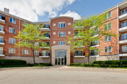Photo of 451 Town Place Circle, Unit Number 303, BUFFALO GROVE, IL 60089 (MLS # 09959973)
