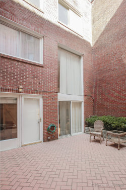 Photo of 2040 N Cleveland Avenue, Unit Number C, CHICAGO, IL 60614 (MLS # 09961295)