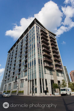 Photo of 740 W Fulton Street, Unit Number 909, CHICAGO, IL 60661 (MLS # 09962199)