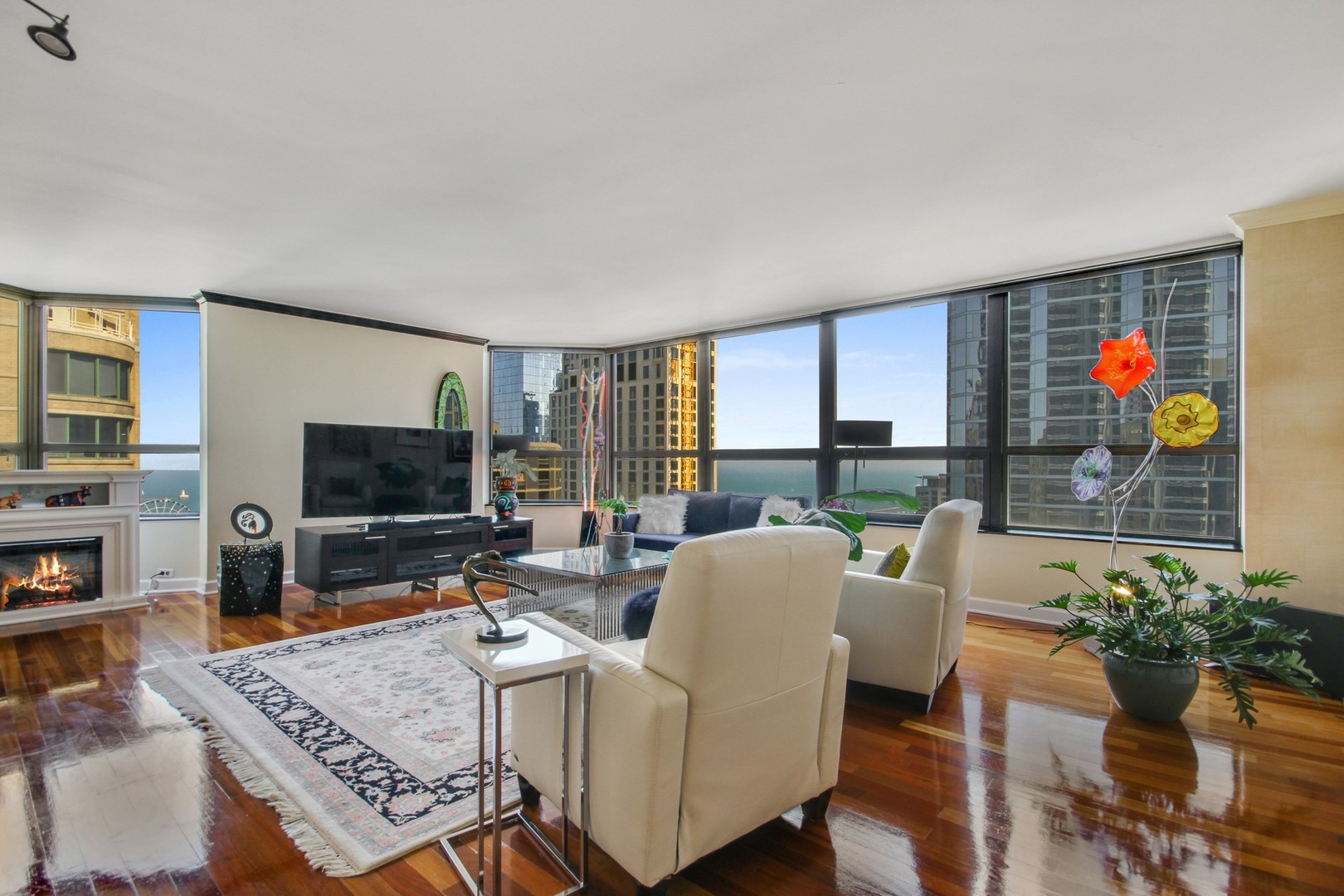 Photo for 400 E Ohio Street, Unit Number 3603, CHICAGO, IL 60611 (MLS # 09980667)