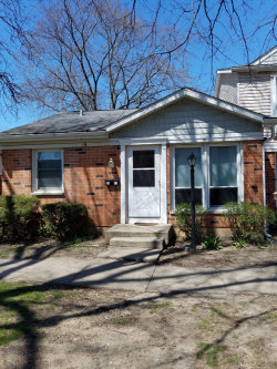 Photo of 2111 Falmouth Court, STREAMWOOD, IL 60107 (MLS # 09983200)