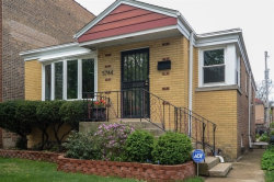 Photo of 5744 N Francisco Avenue, CHICAGO, IL 60659 (MLS # 09989024)