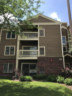 Photo of 122 Glengarry Drive, Unit Number 305, BLOOMINGDALE, IL 60108 (MLS # 09989660)
