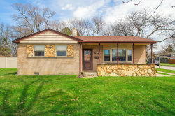 Photo of 6421 Dunham Road, DOWNERS GROVE, IL 60516 (MLS # 09992178)