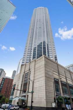 Photo of 512 N Mcclurg Court, Unit Number 5009, CHICAGO, IL 60611 (MLS # 09992552)