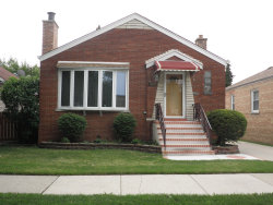 Photo of 3810 N Newland Avenue, CHICAGO, IL 60634 (MLS # 09992628)
