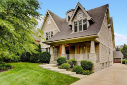 Photo of 527 W Chicago Avenue, HINSDALE, IL 60521 (MLS # 09995403)
