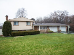 Photo of 23042 N Apple Hill Lane, LINCOLNSHIRE, IL 60069 (MLS # 09996112)