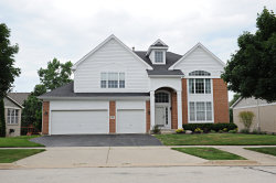 Photo of 608 Sycamore Street, VERNON HILLS, IL 60061 (MLS # 10008134)