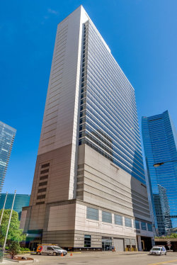 Photo of 333 N Canal Street, Unit Number 2104, CHICAGO, IL 60606 (MLS # 10010564)