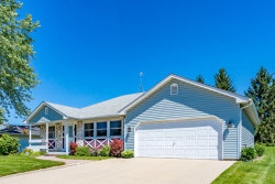 Photo of 810 Case Drive, ROSELLE, IL 60172 (MLS # 10010629)