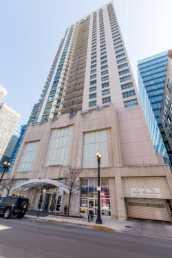 Photo of 125 S Jefferson Street, Unit Number 3103, CHICAGO, IL 60661 (MLS # 10011187)