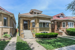 Photo of 5538 W Melrose Street, CHICAGO, IL 60641 (MLS # 10016724)