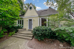 Photo of 11 N Schoenbeck Road, PROSPECT HEIGHTS, IL 60070 (MLS # 10019361)