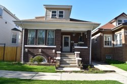 Photo of 5012 W Warwick Avenue, CHICAGO, IL 60641 (MLS # 10019370)