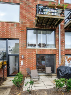 Photo of 954 W Grace Street, Unit Number A102, CHICAGO, IL 60613 (MLS # 10020644)