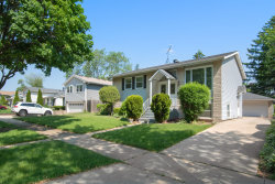 Photo of 732 Westmere Road, DES PLAINES, IL 60016 (MLS # 10021186)