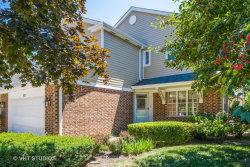 Photo of 832 Winchester Lane, NORTHBROOK, IL 60062 (MLS # 10023803)