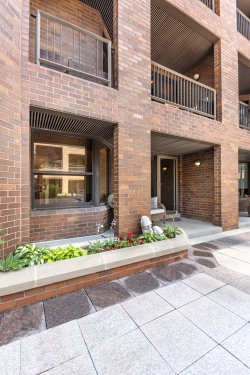 Photo of 1000 N State Street, Unit Number 5, CHICAGO, IL 60610 (MLS # 10024705)