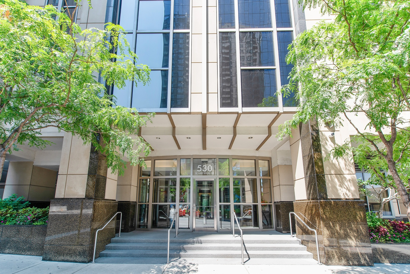 Photo for 530 N Lake Shore Drive, Unit Number 2407, CHICAGO, IL 60611 (MLS # 10047137)