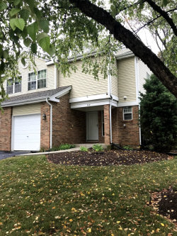 Photo of 648 Hillview Court, WEST CHICAGO, IL 60185 (MLS # 10049250)