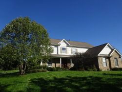 Photo of 37W200 Red Gate Road, ST. CHARLES, IL 60175 (MLS # 10054344)