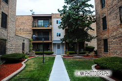 Photo of 4550 W 57th Street, Unit Number 3D1, CHICAGO, IL 60629 (MLS # 10056373)