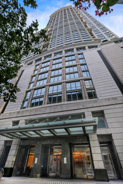 Photo of 130 N Garland Court, Unit Number 1601, CHICAGO, IL 60602 (MLS # 10073932)