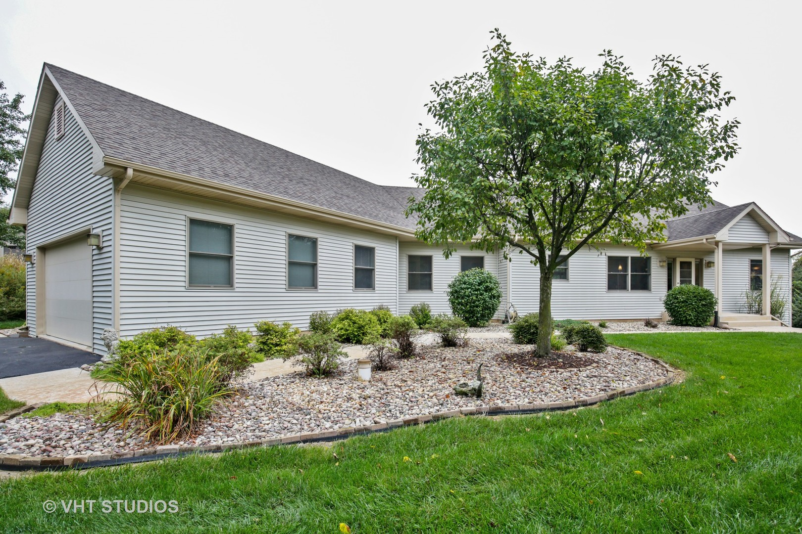 Photo for 35W698 Ridge Road, DUNDEE, IL 60118 (MLS # 10082860)