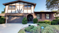 Photo of 1710 E Crabtree Drive, ARLINGTON HEIGHTS, IL 60004 (MLS # 10083993)