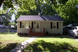 Photo of 704 S West Union Street, MONTICELLO, IL 61856 (MLS # 10084765)