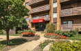Photo of 2000 Chestnut Avenue, Unit Number 301, GLENVIEW, IL 60025 (MLS # 10086613)