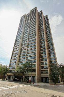Photo of 1850 N Clark Street, Unit Number 2201, CHICAGO, IL 60614 (MLS # 10089173)