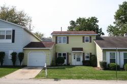 Photo of 369 Payson Circle, GLENDALE HEIGHTS, IL 60139 (MLS # 10089924)