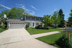 Photo of 421 Armstrong Drive, BUFFALO GROVE, IL 60089 (MLS # 10090368)